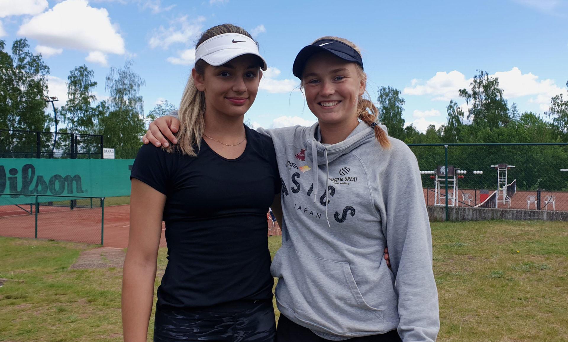 Klara Milicevic och Caijsa Hennemann